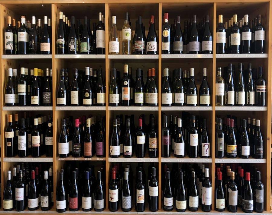 Un œnologue à votre service pour trouver des vins ou alcools à votre goût à Sainte-Pazanne | La Cavanaise